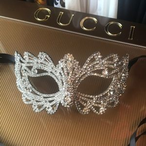 Accessories - Crystal Masquerade Mask